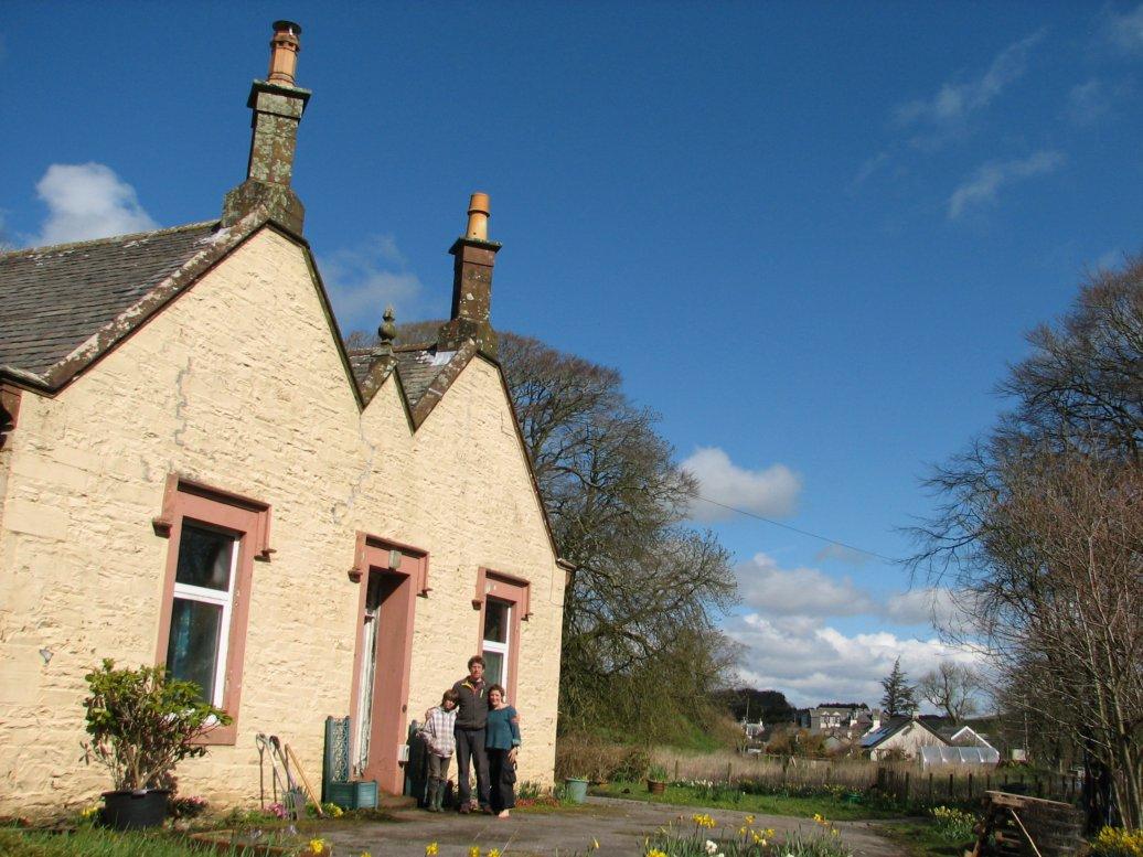 Sunshine and...house!